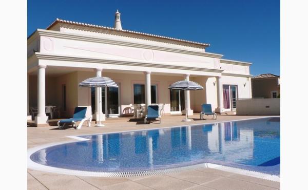 Villa Fa Vé, Poolvilla